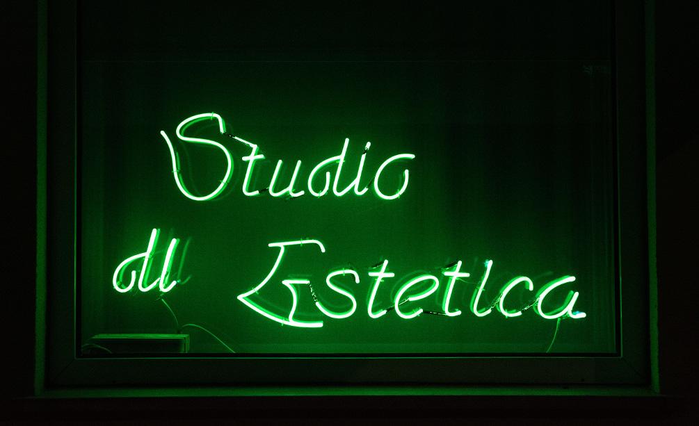 Insegna neon Studio di Estetica