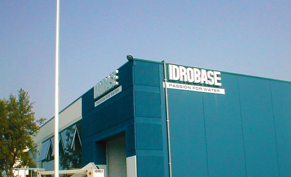 Insegna Idrobase